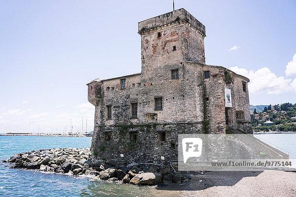 Europa Palast Schloß Schlösser Ignoranz Bucht Italien Ligurien Rapallo