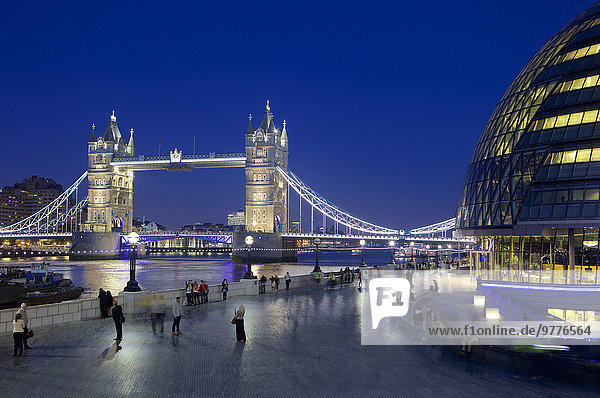 Europa Nacht Großbritannien London Hauptstadt Brücke Fluss Themse England
