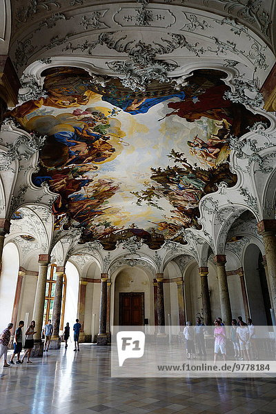 Europa Gebäude Halle Palast Schloß Schlösser Garten UNESCO-Welterbe Bayern Deutschland Residenz Würzburg