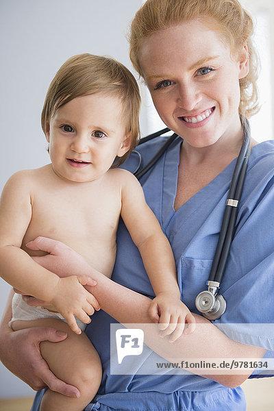 Portrait tragen Junge - Person Baby