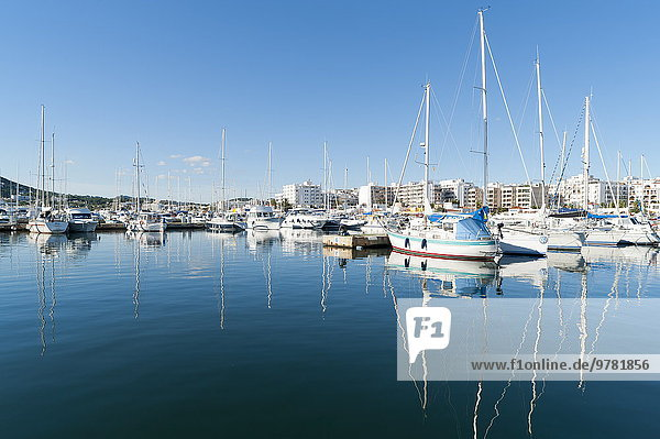 Europa Boot Jachthafen Ansicht Balearen Balearische Inseln Ibiza Spanien