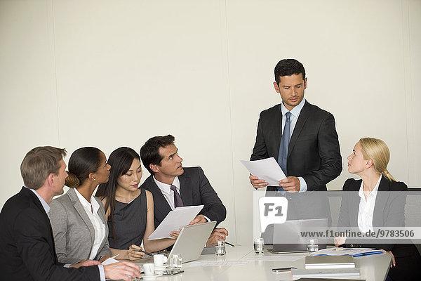 Präsentation der Führungskraft in der Sitzung