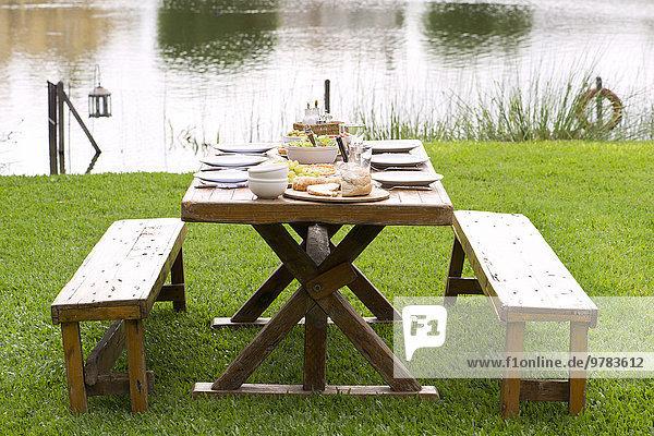 Picknick-Tischset für das Essen im Freien