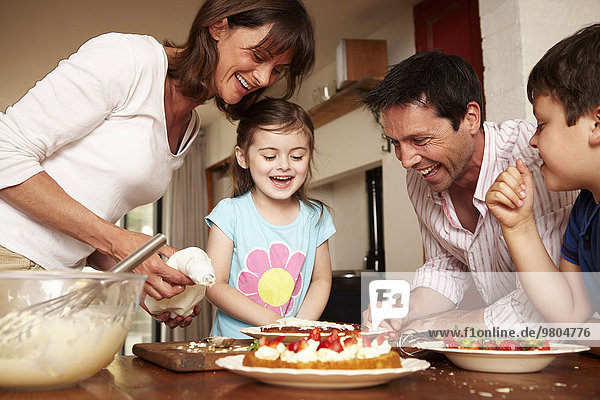 Frucht Menschliche Eltern Küche Kuchen 2 Eiscreme Eis Sahne