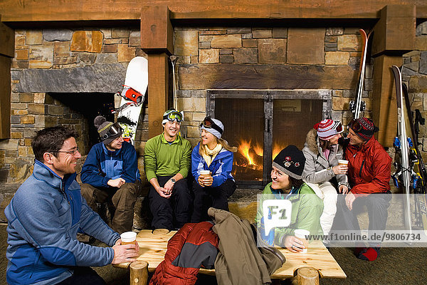 Wohnkamin Wohnkamine Kamin abhängen Ski