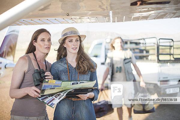 Touristen  die die Aussicht betrachten  Wellington  Western Cape  Südafrika