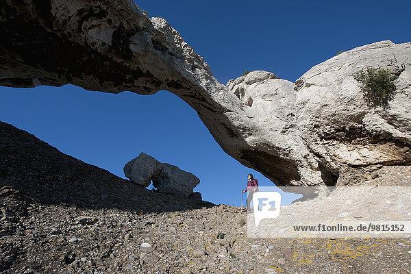 Female hiker  Grande Arche  les Calanques  Route de Crete  Bouches-du-Rhone  France