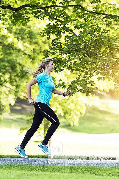 Frau joggen