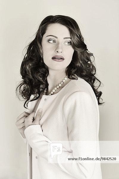 Beauty-Portrait einer jungen Frau Beauty-Portrait einer jungen Frau