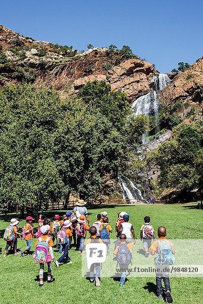 Südliches Afrika Südafrika Botanischer Garten Botanische Schuluniform gehen Junge - Person Steilküste schwarz Fluss Lehrer wandern Wasserfall Student Mädchen Johannesburg