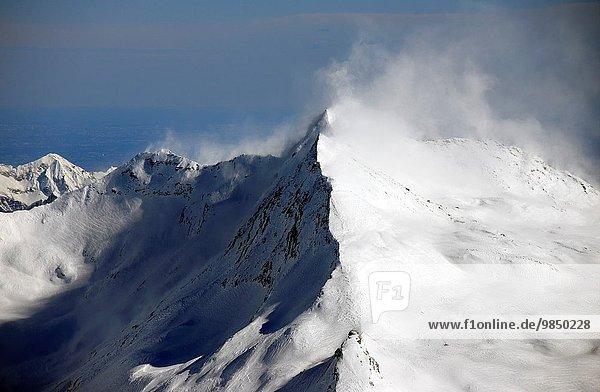 Kraft über Wind Saas Fee Schweiz
