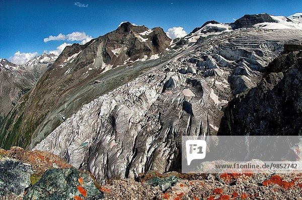 Bergmassiv Saas Fee Schweiz