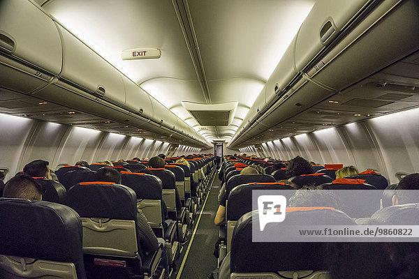 Innenansicht  Verkehrsflugzeug  Kabine  Economy Class