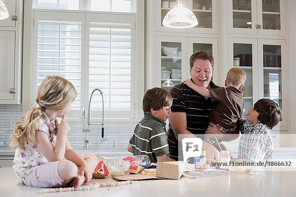 Menschlicher Vater Küche