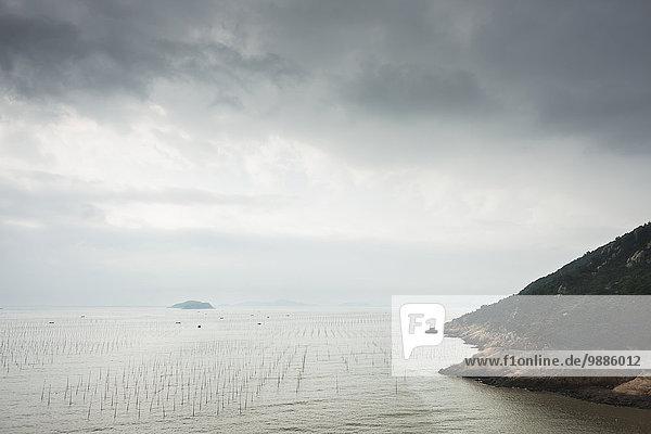 Tradition Landschaft Küste Großstadt Wahrzeichen chinesisch Dorf angeln China Fujian Platz