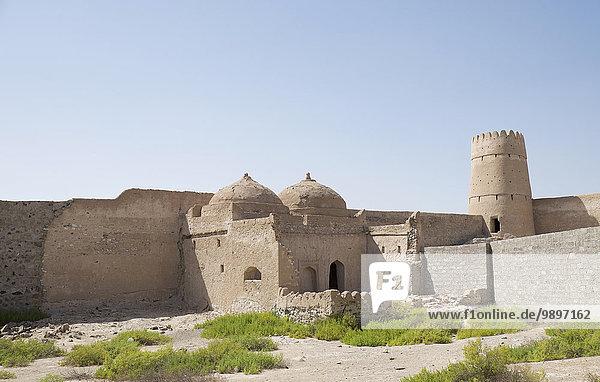 Oman  Jalan Bani Bu Hassan  Fort