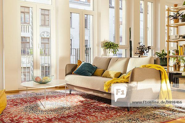 Wohnbereich mit Perserteppich