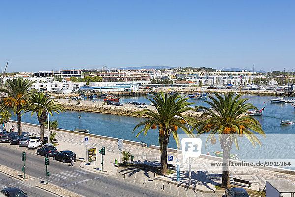 Marina  Hafeneinfahrt  Lagos  Algarve  Portugal  Europa
