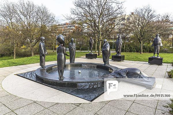 Der Philosophische Garten  Filozo?fiai kert  Skulpturengruppe  Nándor Wagner  2001  Budapest  Ungarn  Europa