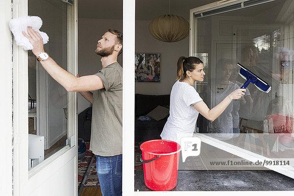 Reinigungsfenster zu Hause koppeln