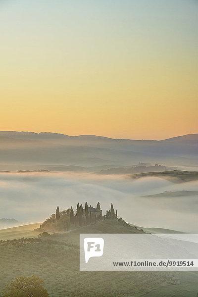 nahe Sonnenaufgang Italien Siena Toskana Val d'Orcia