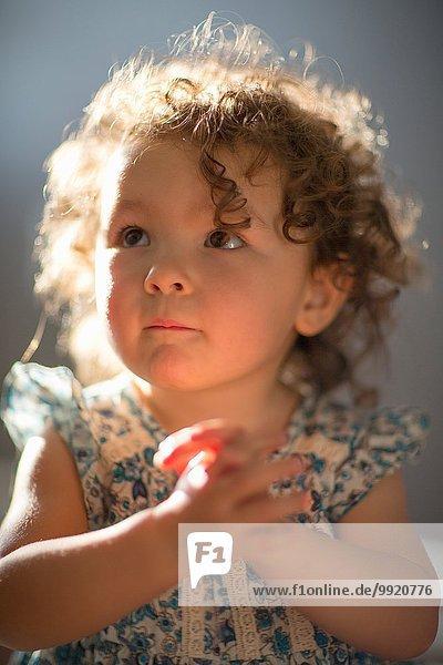 Junges Mädchen  betend