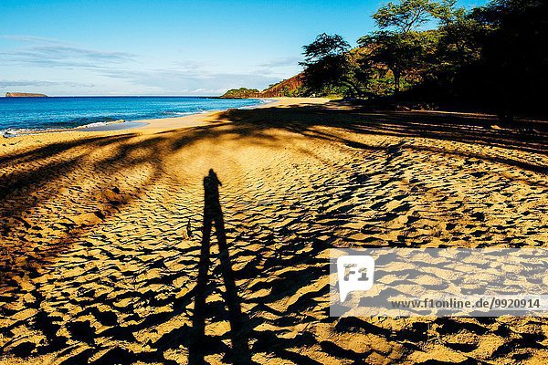 Shadow Selfie am Strand  Maui  Hawaii