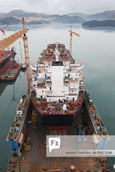 Schiffe im Hafen  GoSeong-gun  Südkorea