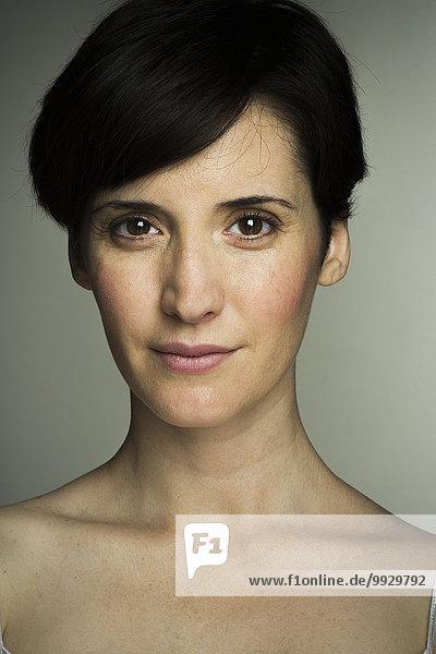 Mittlere erwachsene Frau  Portrait