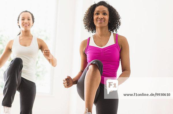 Frau üben trainieren work out