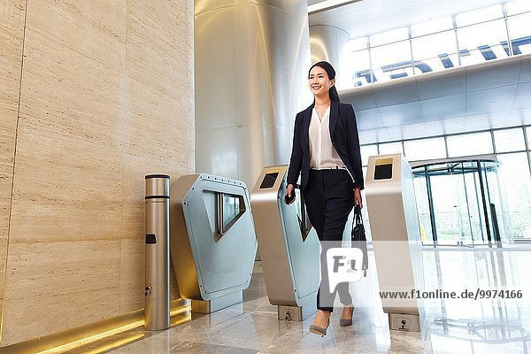 Frau Eingang Erfolg Business