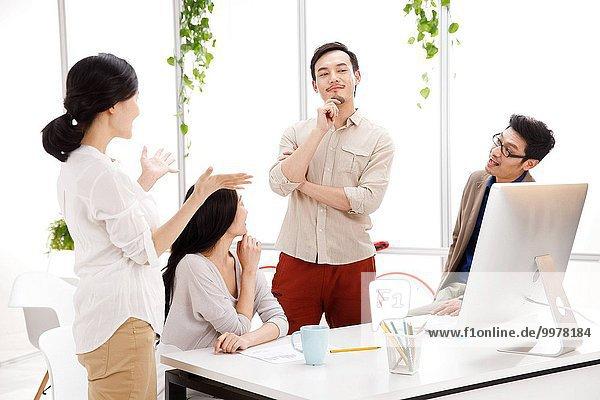 Frau Mann Büro Business