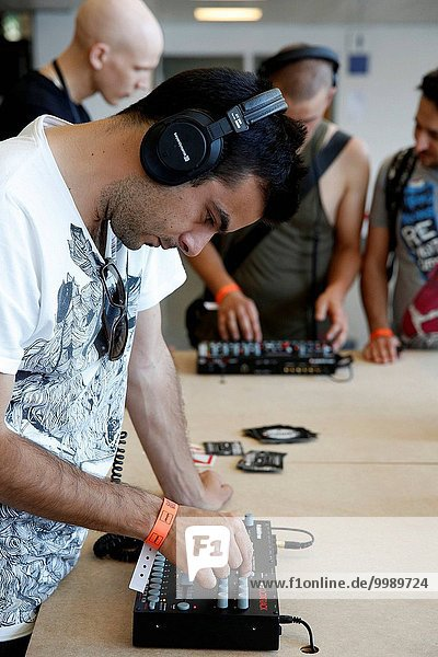 Sonar festival  Barcelona  DJs trying gear.