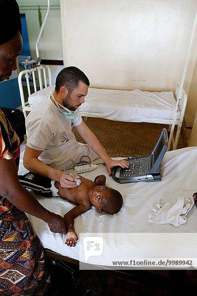 Brazzaville Hospital  NGO la Chaine de l'Espoir  Cardiac echography.