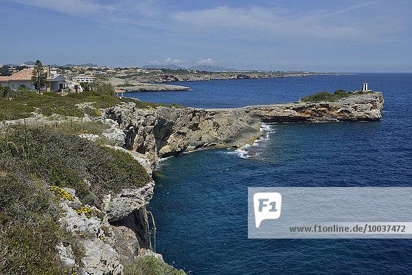 Felsküste  bei Porto Cristo  Morro de Sa Carabassa  Mallorca  Balearen  Spanien  Europa