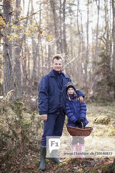 Menschlicher Vater Wald Tochter