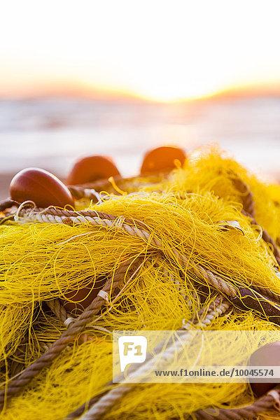 Griechenland  Korfu  Arillas  Fischernetz am Strand