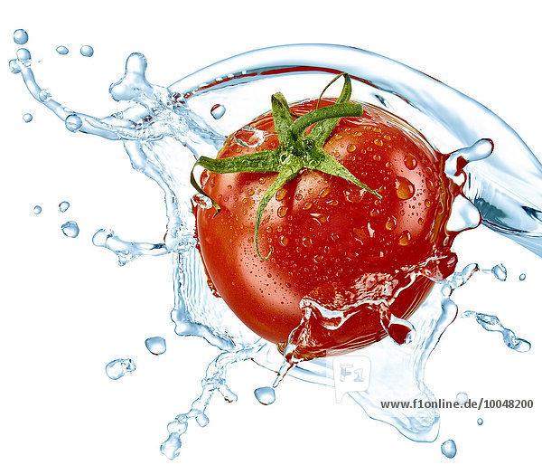 Tomaten- und Wasserspritzer