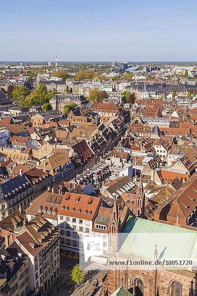 Frankreich  Elsass  Straßburg  Blick über die Altstadt zum Europaviertel