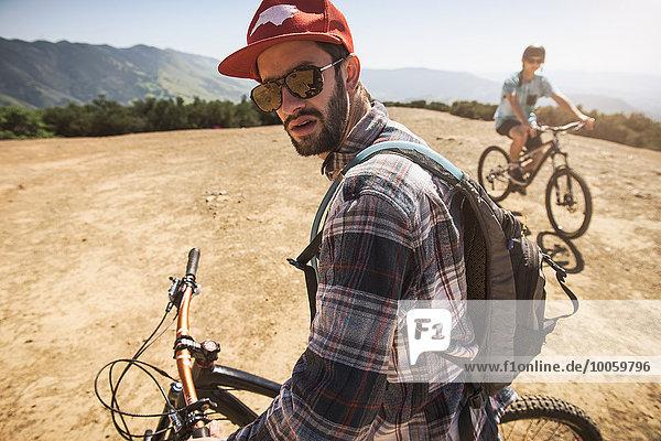 Radfahrer Mountainbike  San Luis Obispo  Kalifornien  Vereinigte Staaten von Amerika