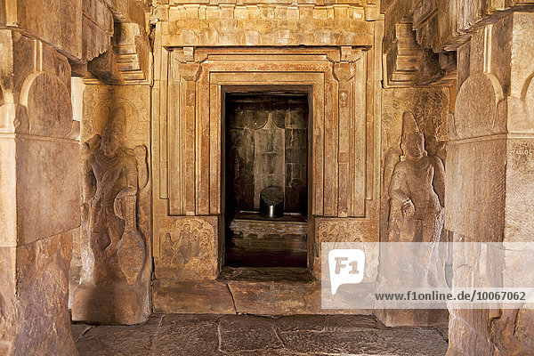 Temple building from the Chalukya dynasty  UNESCO World Heritage Site  Pattadakal  Karnataka  India  Asia