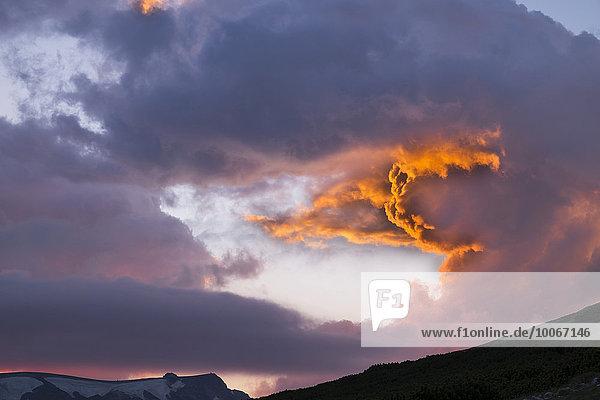 Abendhimmel  Gipfelregion vom Schneeberg  Puchberg am Schneeberg  Wiener Alpen  Niederösterreich  Österreich  Europa