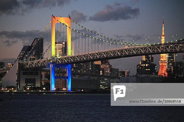 Nacht Tokyo Hauptstadt Brücke Ansicht Japan Regenbogen