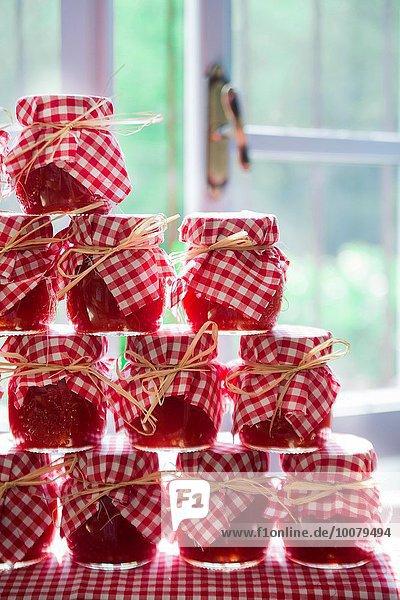 zeigen Schutz Tomate Soße handgemacht selbstgemacht