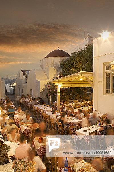 Sonnenuntergang Weg Tourist Cafe Zeit Ansicht essen essend isst Kykladen Griechenland Mykonos