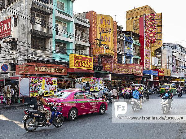 Verkehr in der Stadt  Pattaya  Provinz Chon Buri  Thailand  Asien