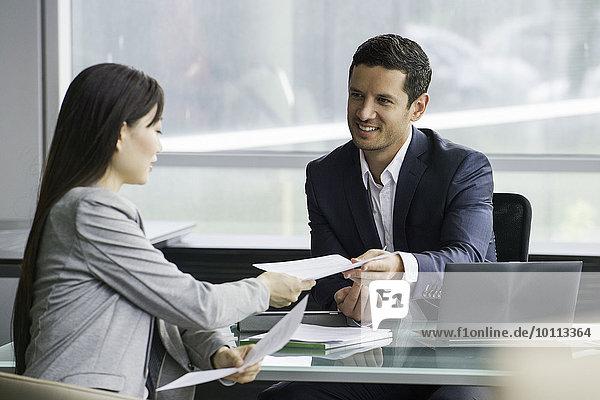 Treffen des Geschäftsmannes mit dem Kunden