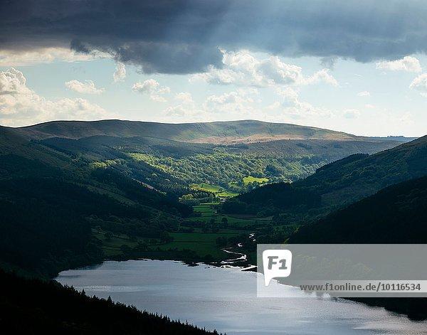 Talybont Reservoir und Glyn Collwn Valley  Brecon Beacons National Park  Wales  Großbritannien