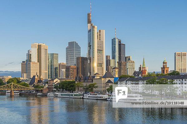 Skyline  Frankfurt am Main  Hessen  Deutschland  Europa