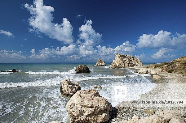 Petra tou Romiou oder Felsen der Aphrodite  Paphos  Südküste  Südzypern  Zypern  Europa